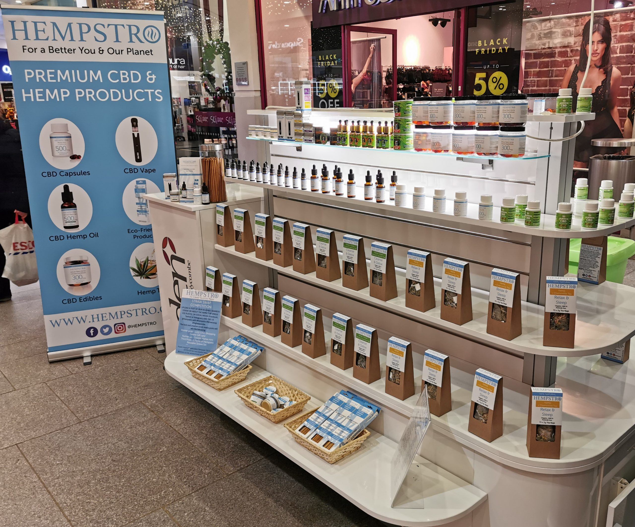 A CBD oil and Supplement kiosk opens up in Eden Shopping Centre High Wycombe.