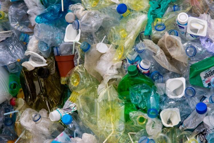 Platic straw waste